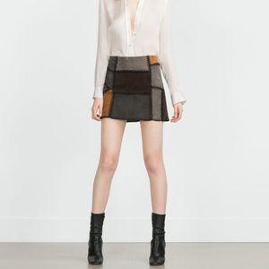 💙 Zara - Patchwork Suede Mini Skirt